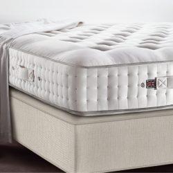 Regal-łóżko-kontynentalne-królewskie-łóżko-vispring-premium-beds-vispring-250x250