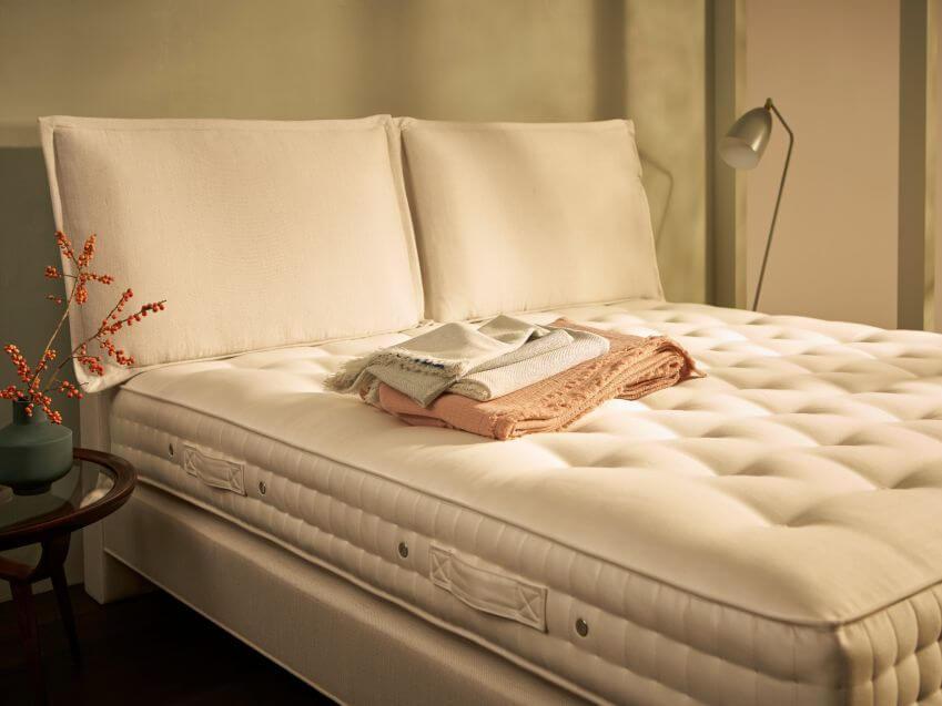 luksusowe łóżka kontynentalne